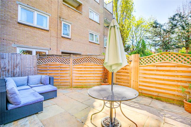 Thumbnail Terraced house to rent in Nursery Close, London