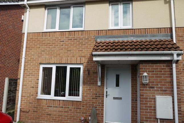 Thumbnail Terraced house to rent in Carrfield, Hyde, Greater Manchester