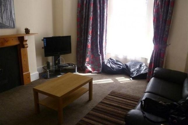 Thumbnail Terraced house to rent in Belgrave Road, Mutley, Plymouth