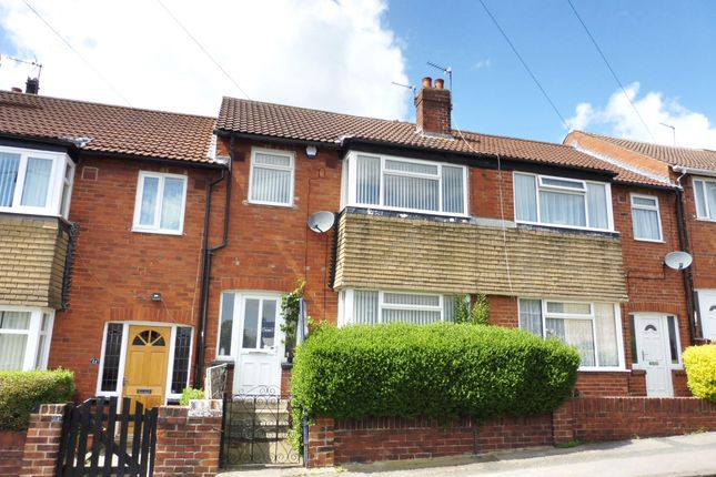 Thumbnail Property to rent in Melbourne Grove, Bramley, Leeds