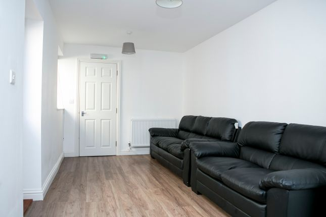 Thumbnail Terraced house to rent in Hudson Rd, Southsea