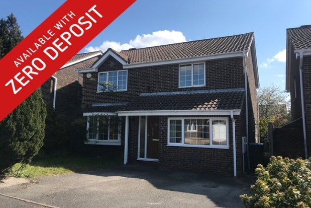 4 bed property to rent in James Grieve Avenue, Southampton SO31