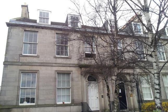 2 bed flat to rent in Leith Walk, Edinburgh