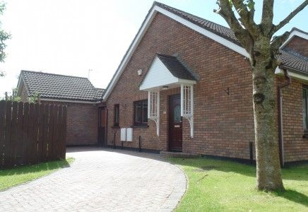 Thumbnail Bungalow to rent in Hillberry Meadows, Governors Hill, Douglas, Isle Of Man