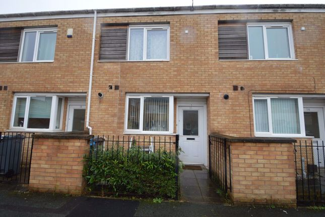 2 bed property to rent in Hitchen Street, Manchester M13