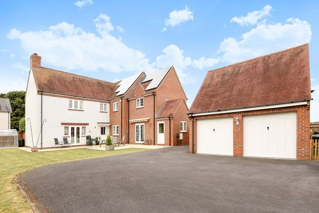 Thumbnail Detached house for sale in Milton Road, Drayton, Abingdon