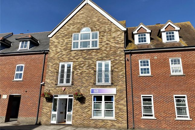 3 bed flat for sale in Lynwood Court, Priestlands Place, Lymington SO41