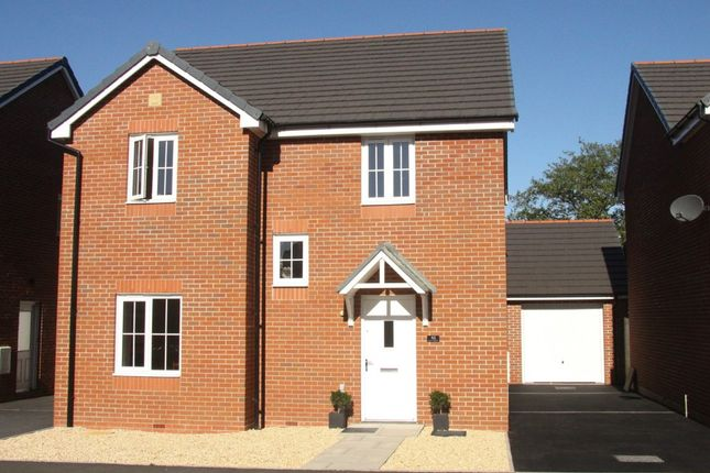 4 bed detached house for sale in Heol Y Gigfran, Cefneithin, Llanelli