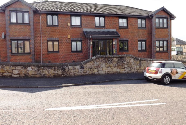 Thumbnail Flat to rent in Greenhorn's Well Crescent, Falkirk FK1,