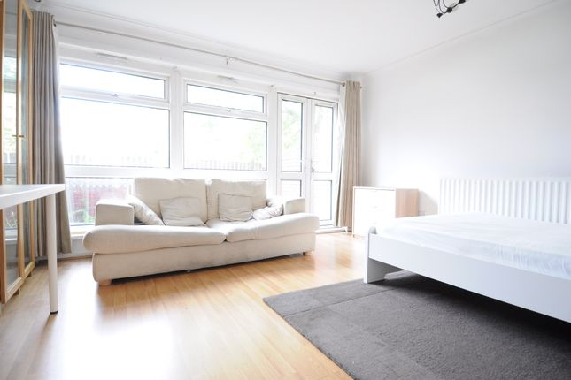 Thumbnail Terraced house to rent in Shepherds Gardens, City Centre