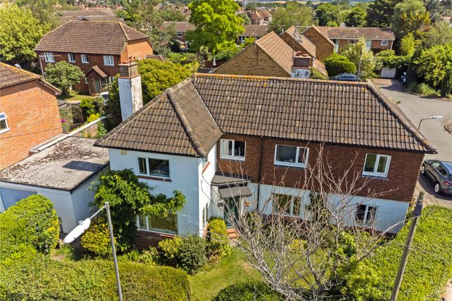 4 bed detached house for sale in Dedmere Rise, Marlow, Buckinghamshire SL7
