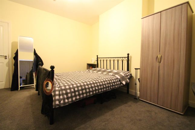 Property to rent in 87 Commonside Road, Crookesmoor, Sheffield