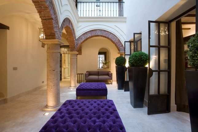 Thumbnail Hotel/guest house for sale in Marbella, Málaga, Andalusia, Spain