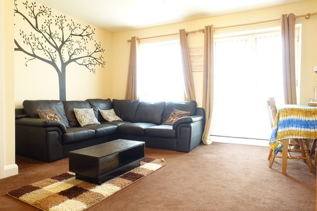 2 bed flat to rent in Seaton Grove, Broughton, Milton Keynes