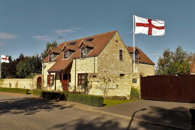 Thumbnail Detached house for sale in Mill Lane, Saracens Head, Holbeach, Spalding