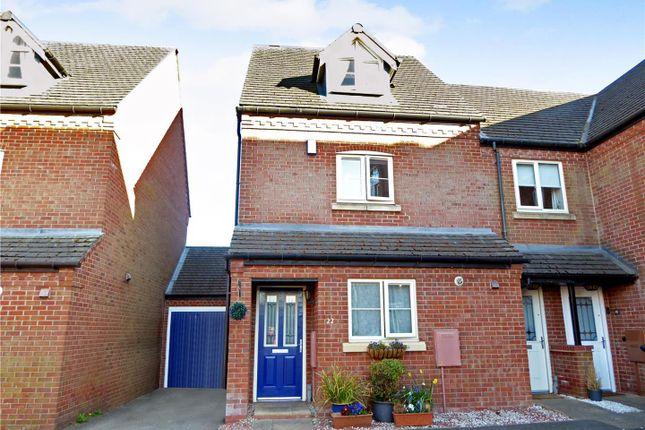 3 bed town house for sale in Brunt Lane, Woodville DE11