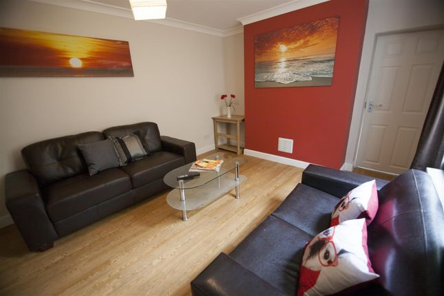 Thumbnail Property to rent in Moy Road, Roath, Cardiff
