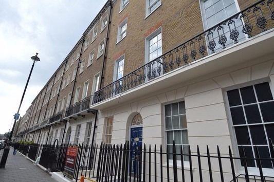 2 bed flat to rent in York Street, Marylebone