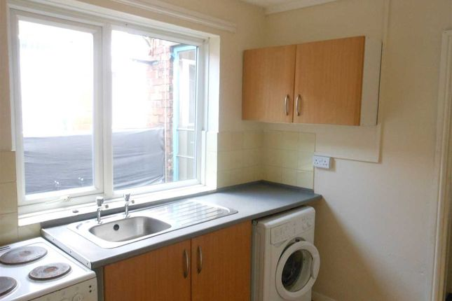 Kitchen of Mary Street, Scunthorpe DN15