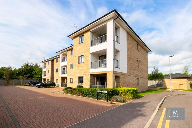 Thumbnail Flat to rent in Willow Road, Chigwell