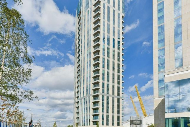 Thumbnail Flat to rent in North Greenwich