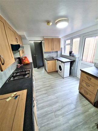 Thumbnail Terraced house to rent in Hewitt Avenue, Wood Green