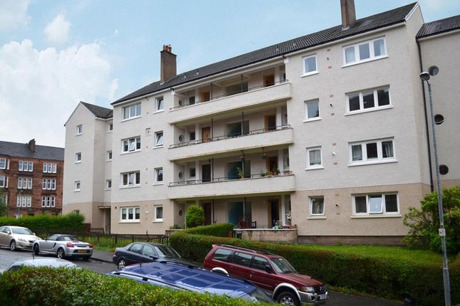 3 bed flat for sale in 2/2, 45 Thornwood Avenue, Thornwood