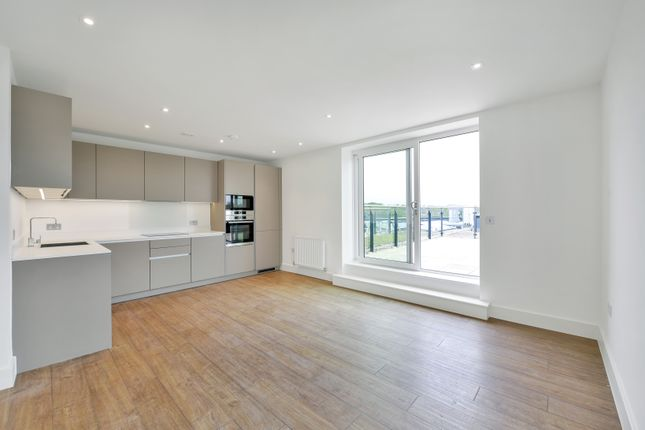 Thumbnail Flat to rent in Homefield Rise, Brunswick House