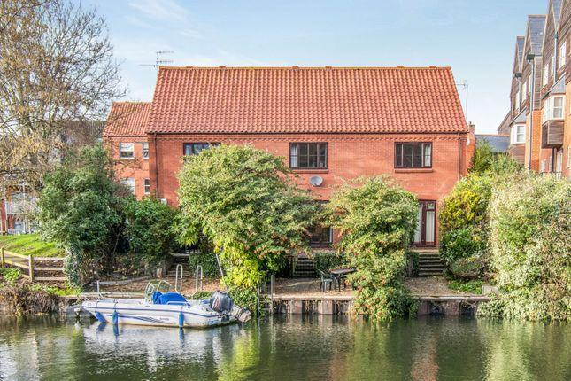 Thumbnail End terrace house to rent in Bridge Court, Fishergate, Norwich