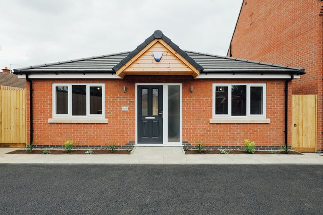 2 bed bungalow for sale in Scraptoft Lane, Leicester LE5