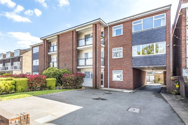Thumbnail Flat for sale in Fairways, 19 The Ridgeway, London