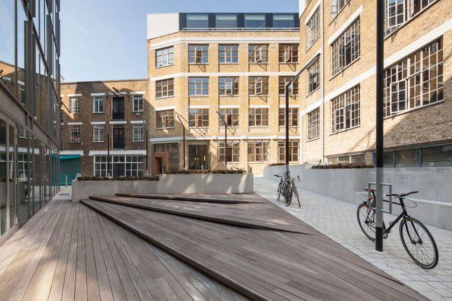Thumbnail Office to let in New River Yard, 3-4 Hardwick Street, Clerkenwell