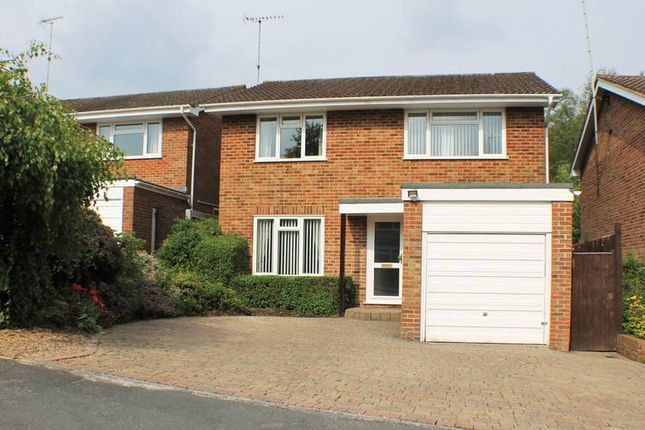 Thumbnail Detached house to rent in Hillary Close, East Grinstead
