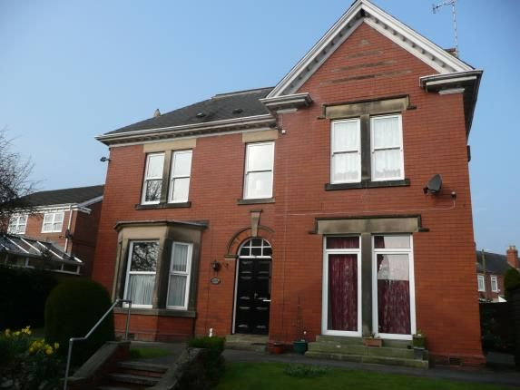 Thumbnail Flat for sale in Carlton House, Vincent Crescent, Chesterfield, Derbyshire