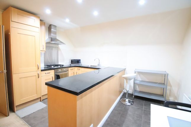 Thumbnail 2 bed flat for sale in London Road, West Croydon