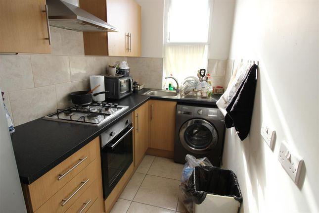 4 Hinton Upstairs Kitchen