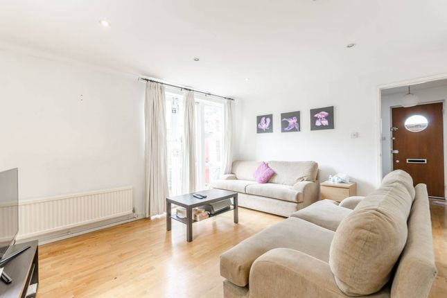 Thumbnail Flat to rent in Wharf Road, Angel, London