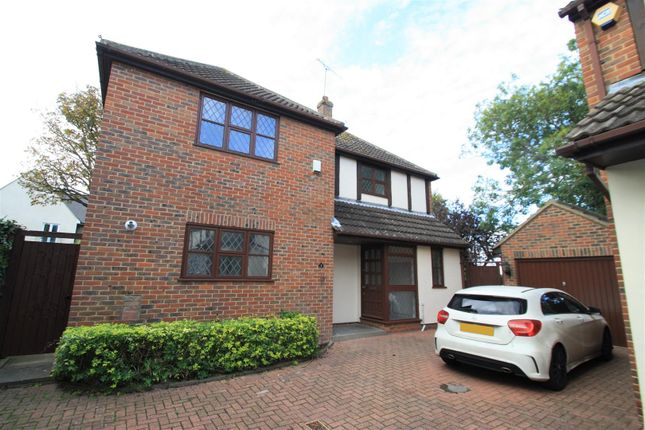 Thumbnail Detached house to rent in Badgers Close, Westcliff-On-Sea