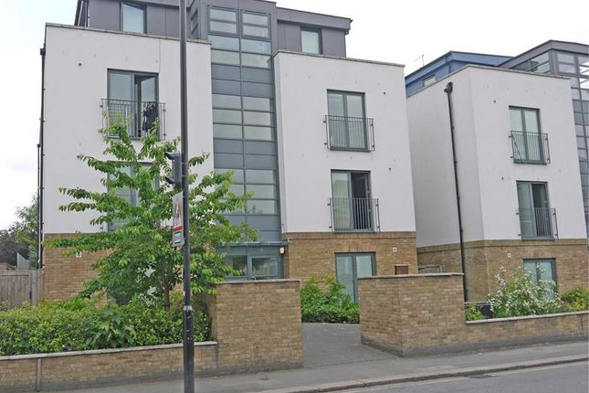 Thumbnail Block of flats for sale in Gunnersbury Lane, Acton, London