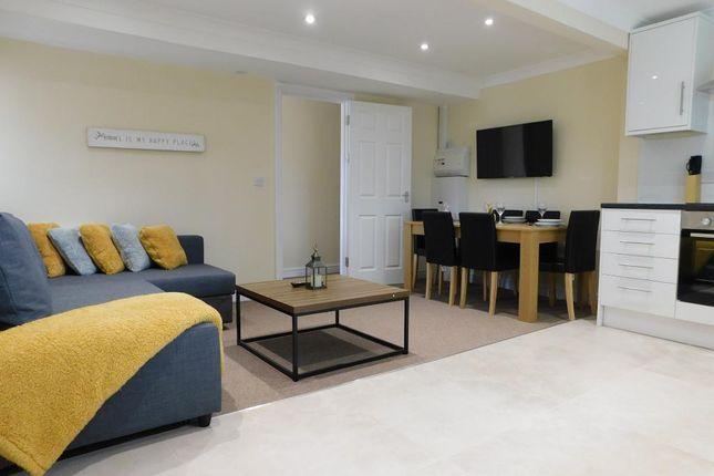 Thumbnail Flat to rent in Thornbridge Road, Iver Heath