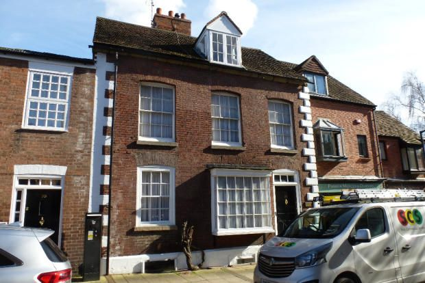 Thumbnail Town house to rent in Brook Street, Warwick