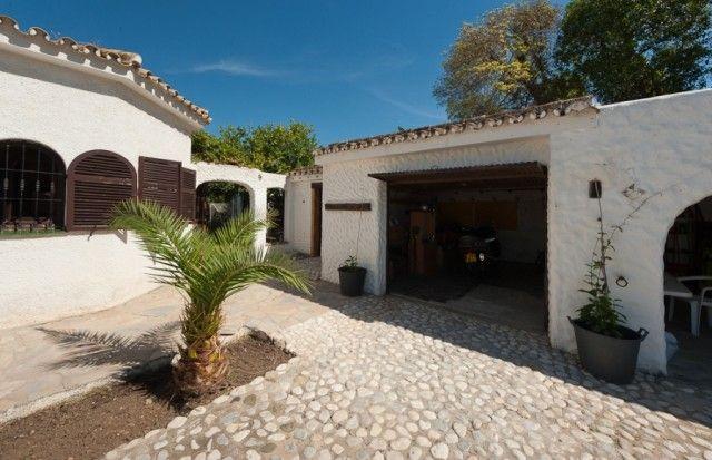 Garage of Spain, Málaga, Mijas, Mijas Costa