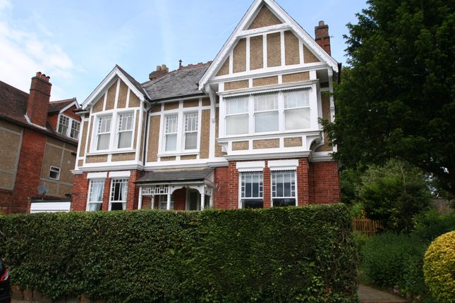 Thumbnail Flat to rent in Molyneux Park Road, Tunbridge Wells