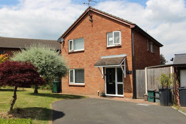 Thumbnail Detached house for sale in Mallow Close, Huntington, Chester