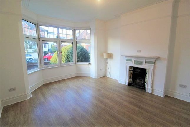 Thumbnail Flat to rent in Normandy Avenue, High Barnet