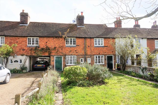3 bed terraced house for sale in High Street, Headcorn