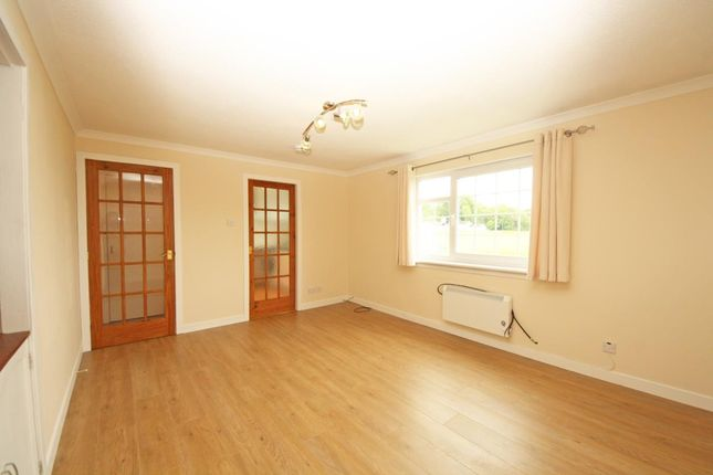 Thumbnail Flat to rent in Culloden Court, Inverness