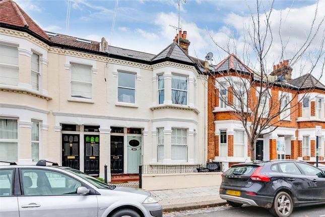 2 bed flat to rent in Aslett Street, London SW18