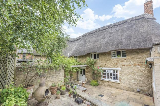 Thumbnail Cottage to rent in Eynsham, Oxfordshire