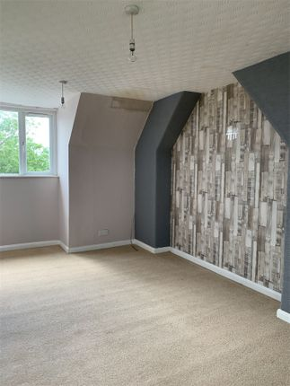 Thumbnail Flat to rent in Central Avenue, Gretna